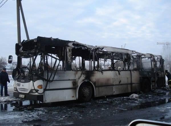 Сгоревший автобус в Актюбинской области