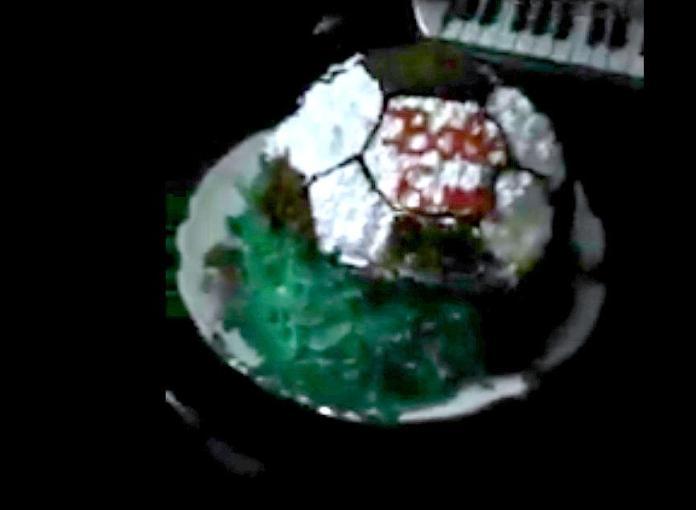 торт с красителями