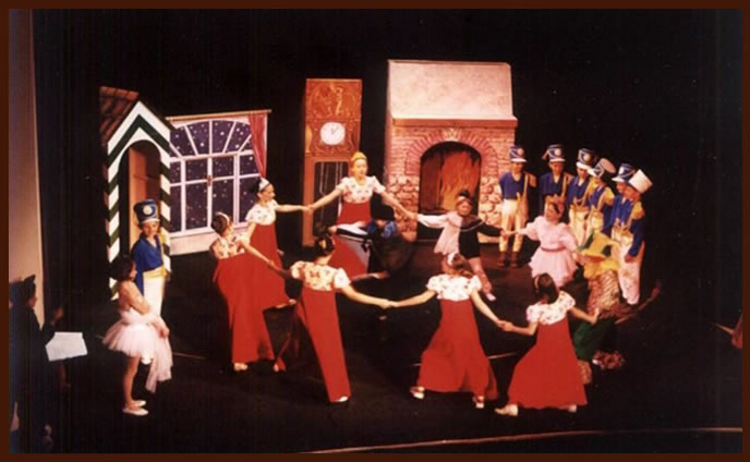 Пето основно училище Детска оперна студиа 2002 год.