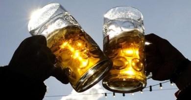 Opinion: Comment sauver la jeunesse de l'alcool et la mettre au travail?