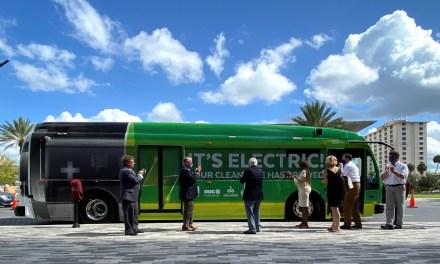 ORLANDO'S E-BUS MAKES DEBUT