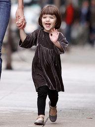 トムクルーズの娘スリ・クルーズ、性格はワガママで自閉症?歯並びはパパ似!?通っている学校がヤバすぎ