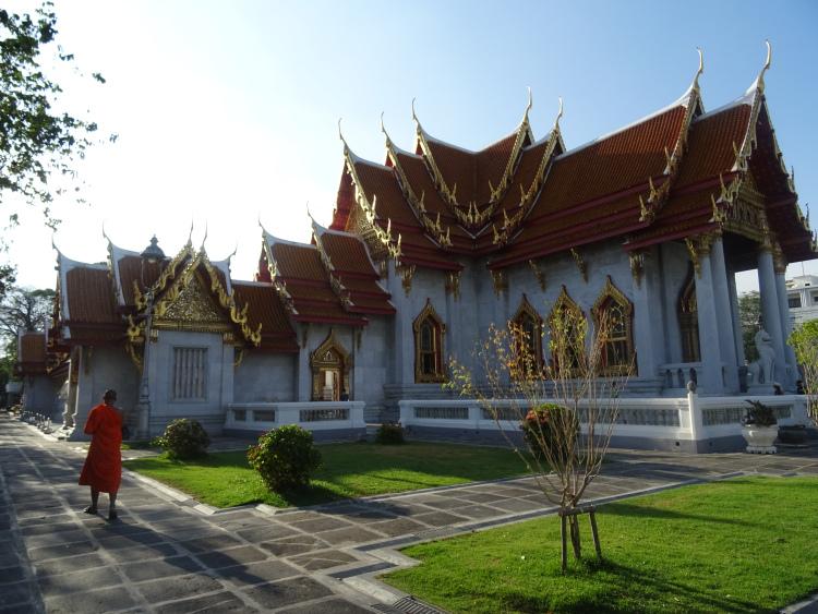 Temple de marbre moine bouddhiste Bangkok Thaïlande