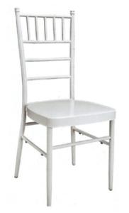 Chaises type napoléon métalliques blanches