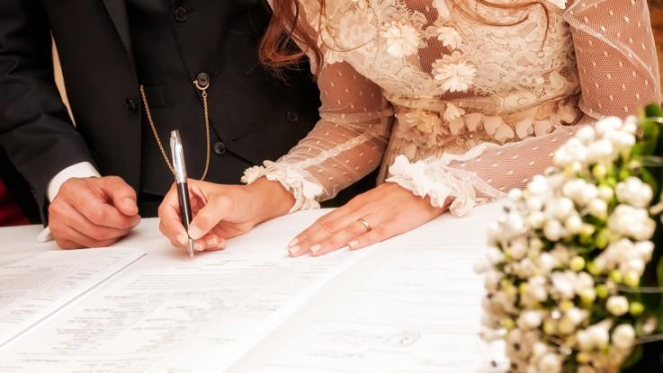 Mariage civil, signature des mariés