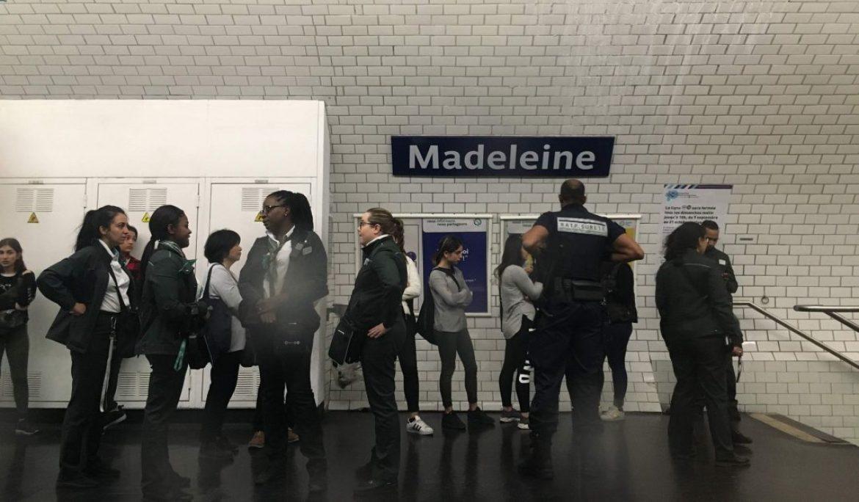 巴黎地鐵扒手小偷