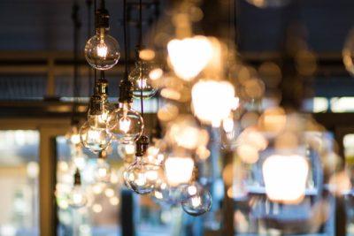 ampoules et lumière