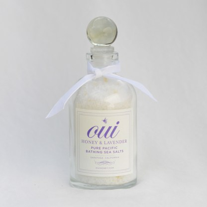 Oui Honey and Lavender Bathing Sea Salts (white ribbon)