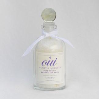 Oui Honey and Lavender Bathing Sea Salts (white ribbon)