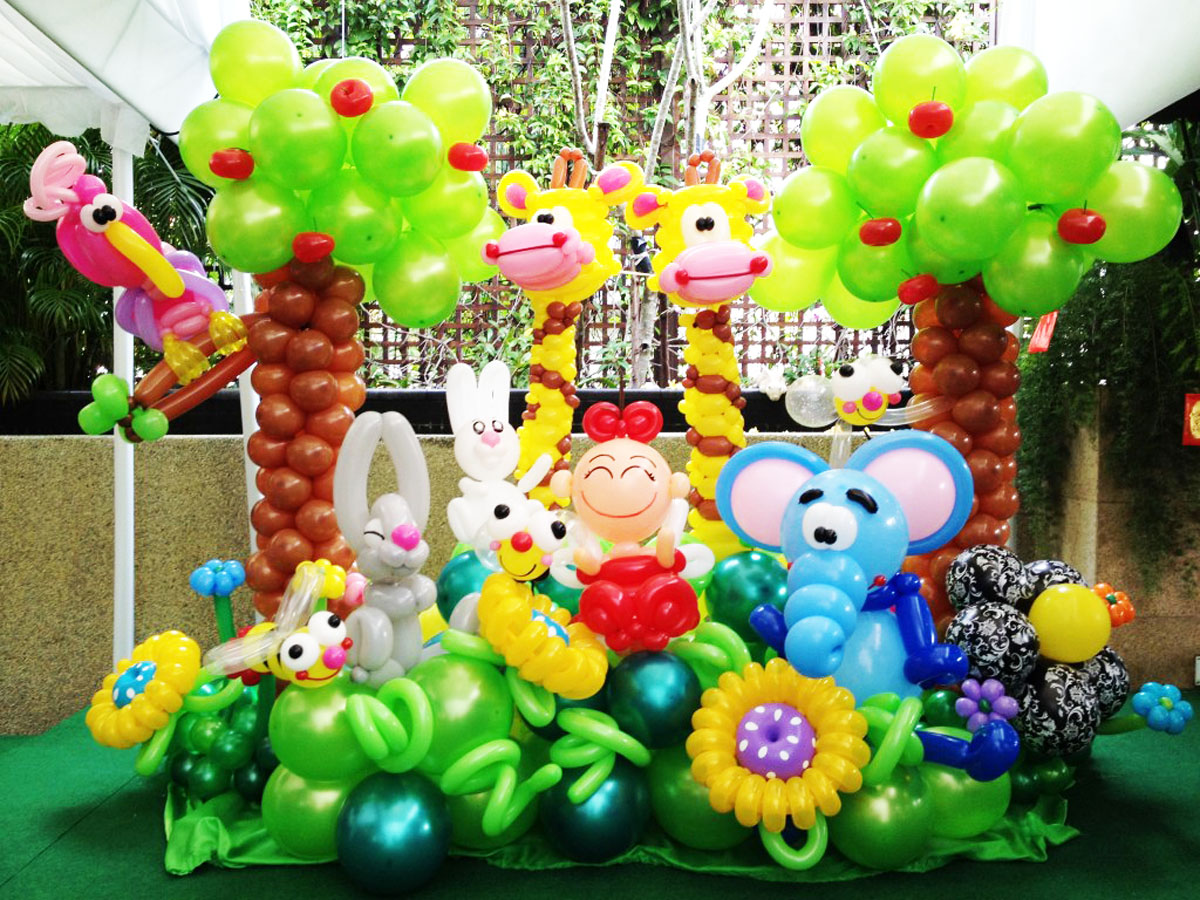 balloon garden display Decoration at VIP house  Singapore