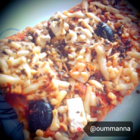 Homemade pizza recipe by Oummanna