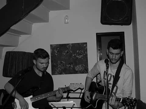 Ζωντανή μουσική στο Memories bar στην Καστοριά, την Παρασκευή 30 Ιουνίου