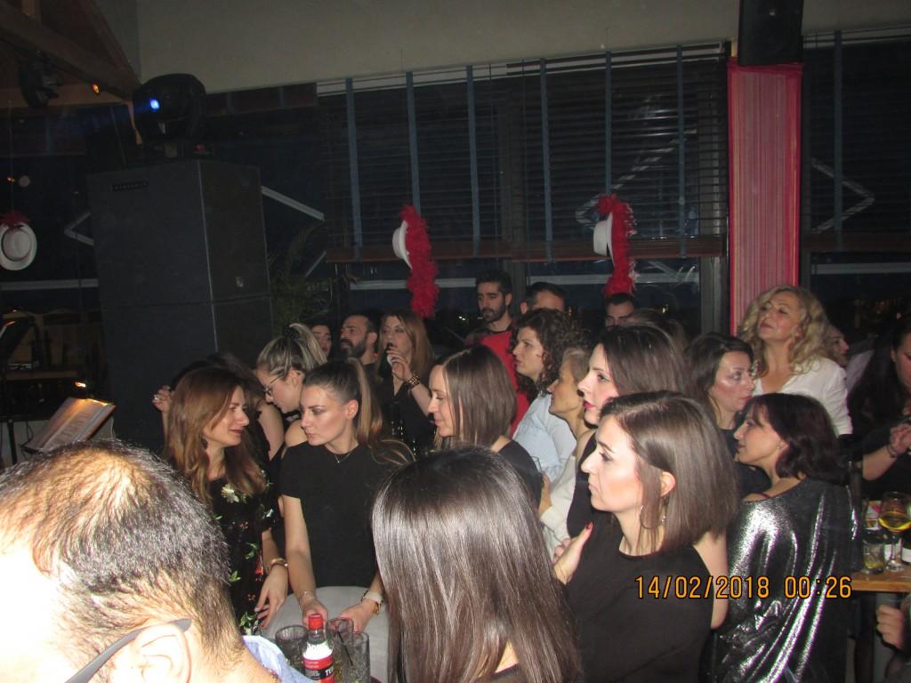 Η τραγουδίστρια Ευρυδίκη ερμήνευσε γνωστές μουσικές επιτυχίες, το βράδυ της Τρίτης 13/2, στο El Barrio «Coffee & Cocktail Specialists» στην Κοζάνη