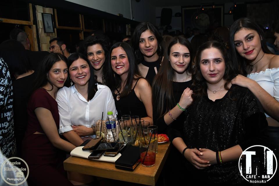 Με τους DJs Patrik & Lazaro  διασκέδασαν μετά την Ανάσταση στο cafe bar TI στη Νεάπολη