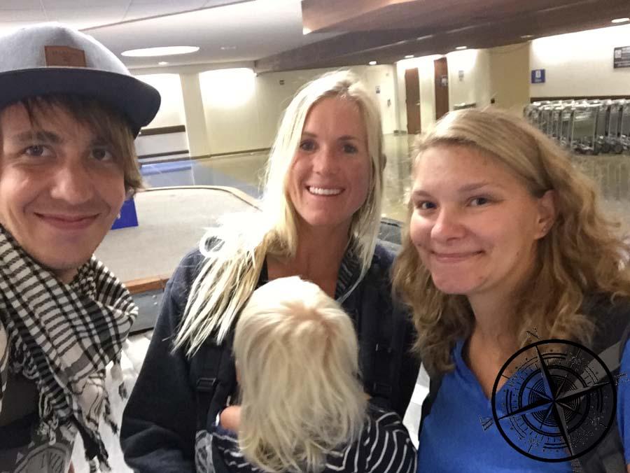Welch schönes Erlebnis! Bethany Hamilton, Adam & Tobi im Flugzeug getroffen!