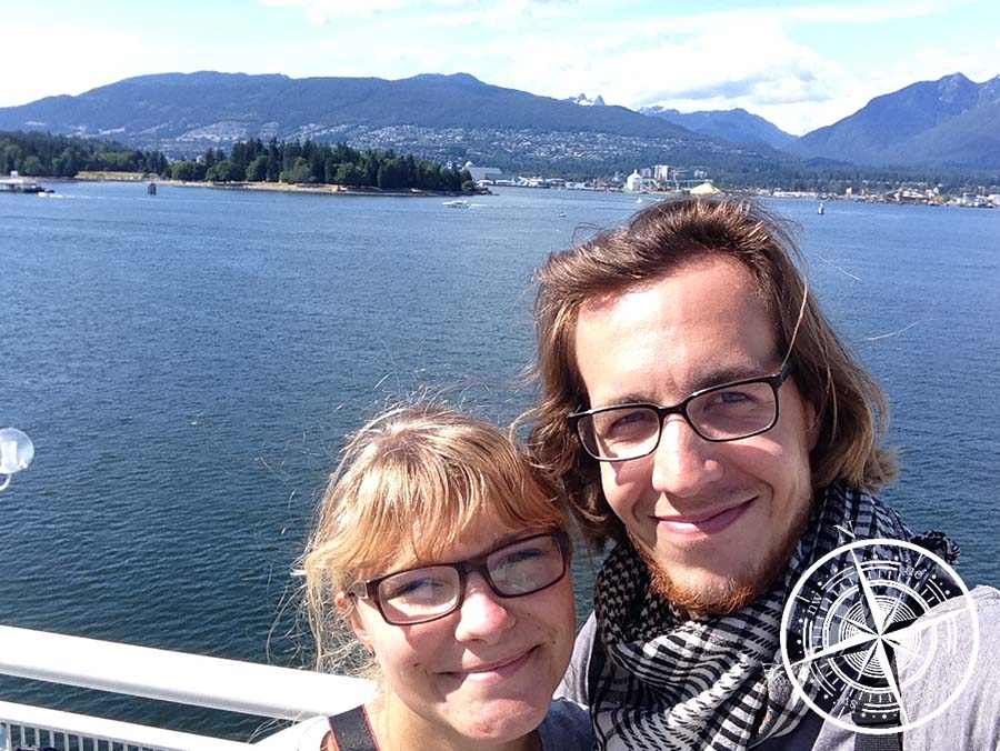 Wir am Vancouver Harbour <3