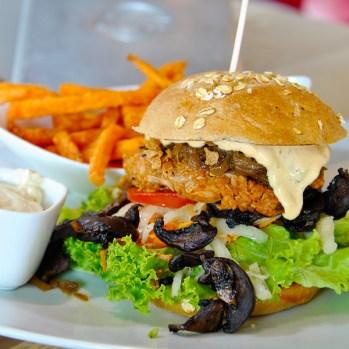 """Burger im """"Bunte Burger"""" in Köln/Deutschland"""
