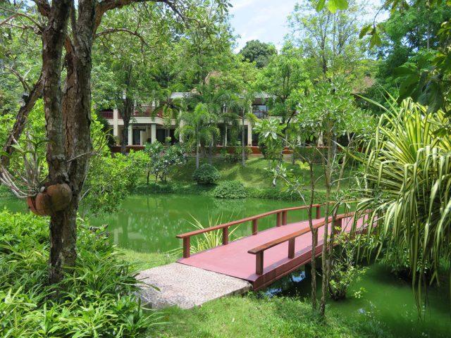 The gardens are lovely around Crown Lanta.