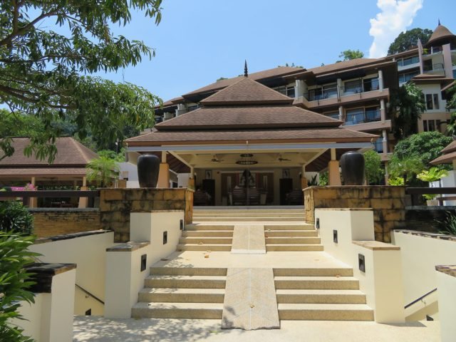 Aonang Cliff Beach Resort & Spa entrance.