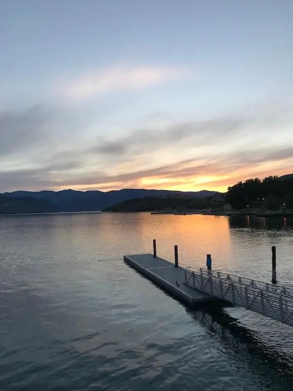 beautiful lake chelan at sunset