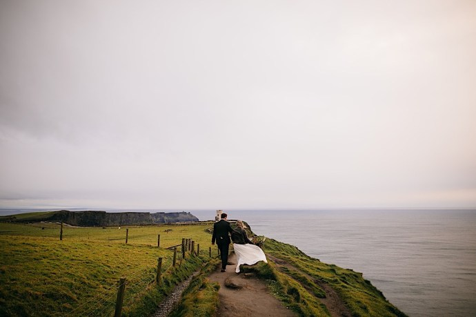 Recently married couple at the Cliffs of Moher in Ireland captured by Chattanooga photographer Jaime Smialek