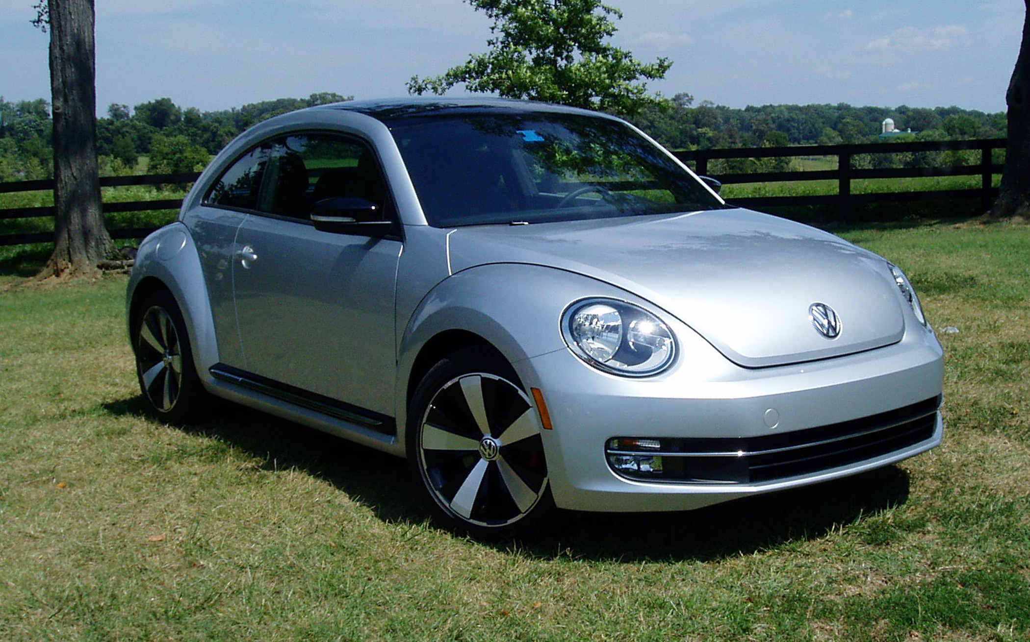 test drive 2012 volkswagen beetle turbo beetle our auto. Black Bedroom Furniture Sets. Home Design Ideas