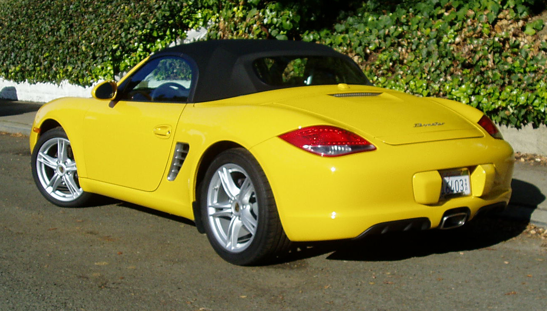 test drive 2012 porsche boxster our auto expert. Black Bedroom Furniture Sets. Home Design Ideas