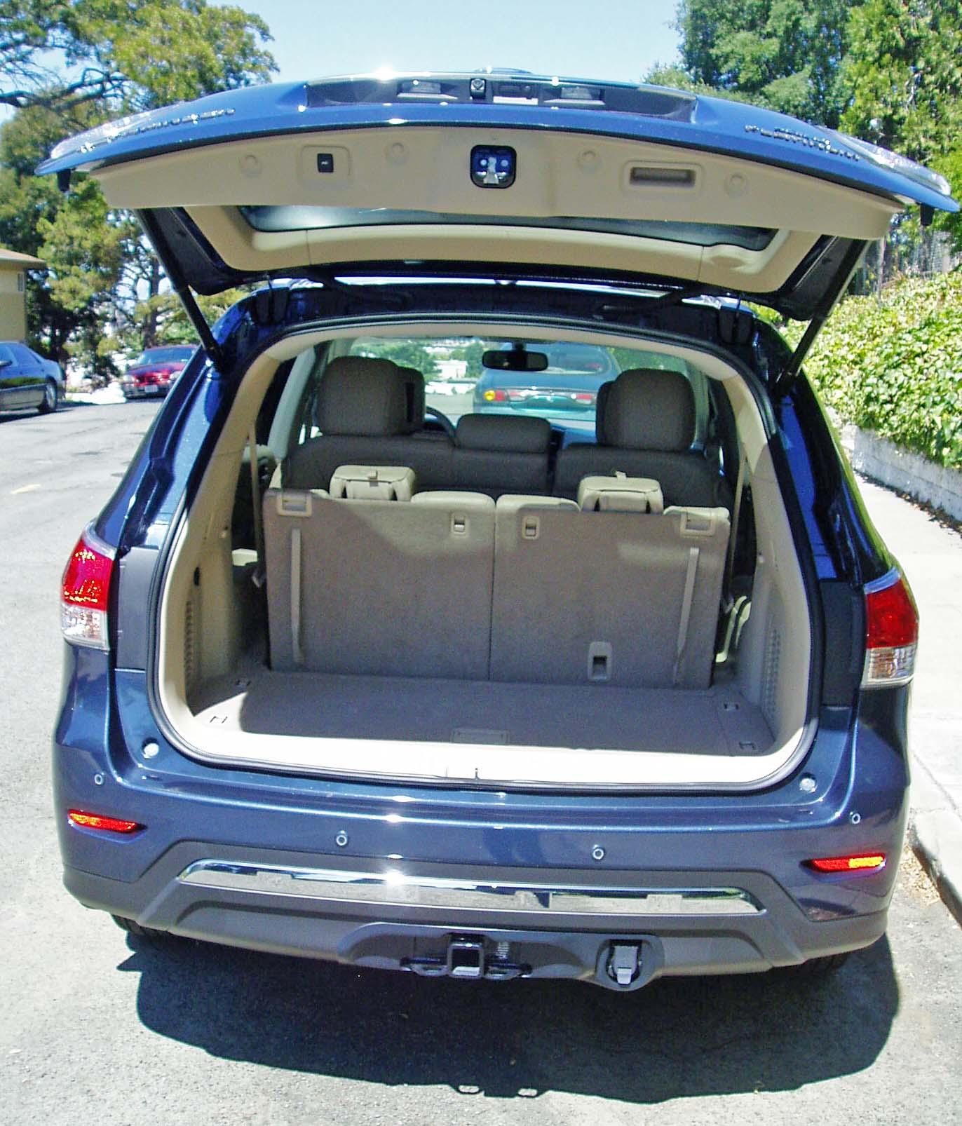 2013 Nissan Pathfinder Platinum 4—4 Test Drive – Our Auto Expert
