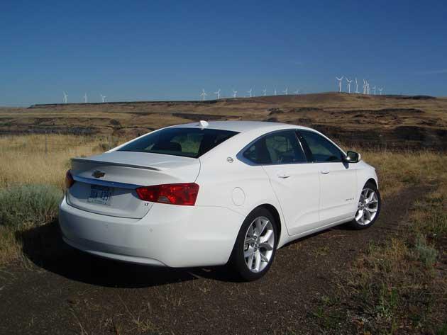 2014-Chevrolet-Impala-rearM