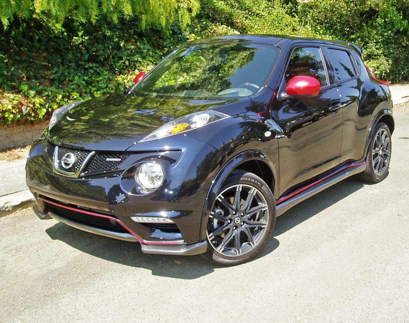 2013 nissan juke nismo test drive our auto expert. Black Bedroom Furniture Sets. Home Design Ideas