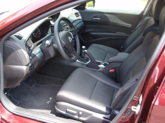 2014 Acura ILX front seat