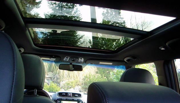 kia soul test drive our auto expert. Black Bedroom Furniture Sets. Home Design Ideas