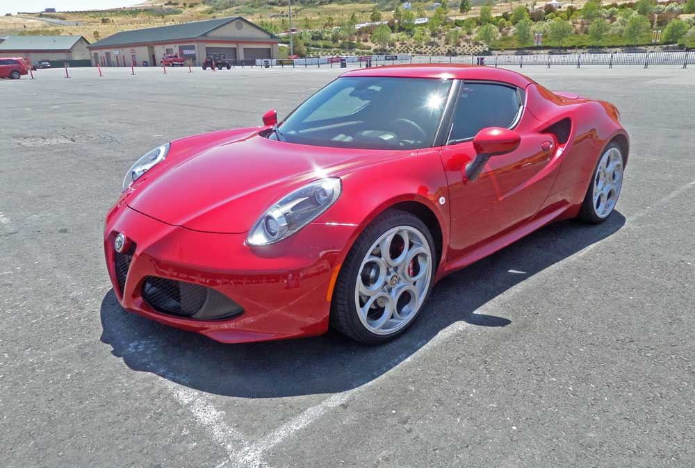 2015 alfa romeo 4c test drive our auto expert. Black Bedroom Furniture Sets. Home Design Ideas
