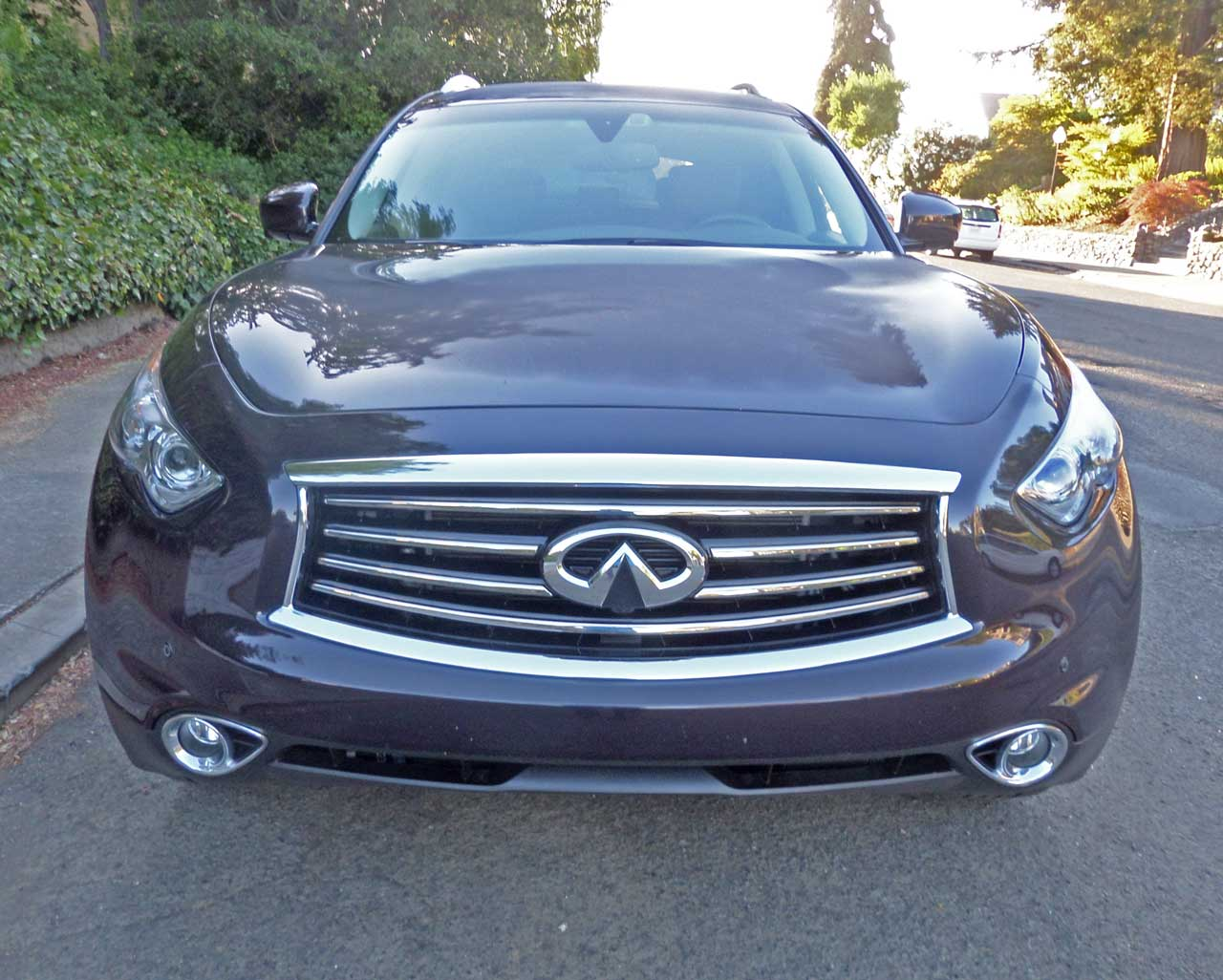 2014 infiniti qx70 awd test drive our auto expert. Black Bedroom Furniture Sets. Home Design Ideas