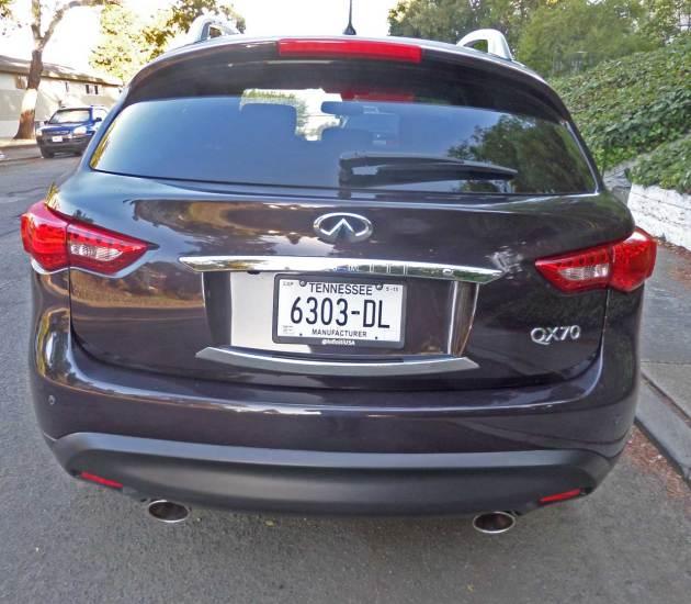 Infiniti-QX70-Tail