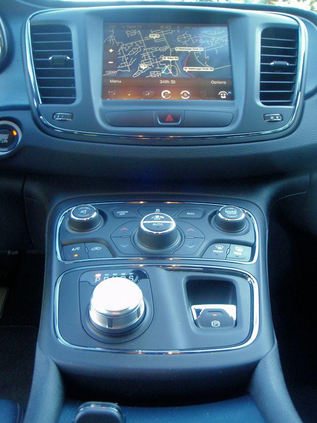 2015 Chrysler 200 Audio System