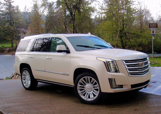 2015 Cadillac Escalade front q