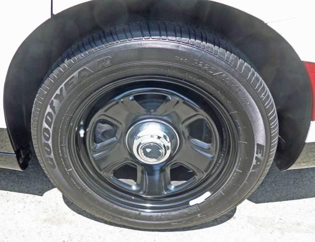 Dodge-Charger-Pursuit-Whl