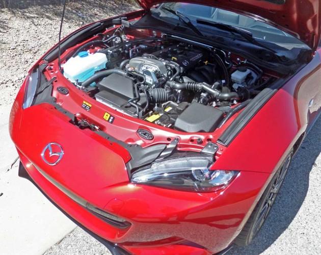 Mazda-MX-5-Miata-Eng