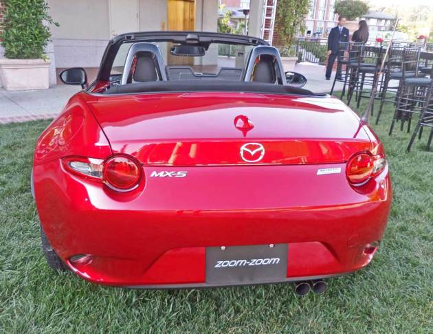 Mazda-MX-5-Miata-Tail