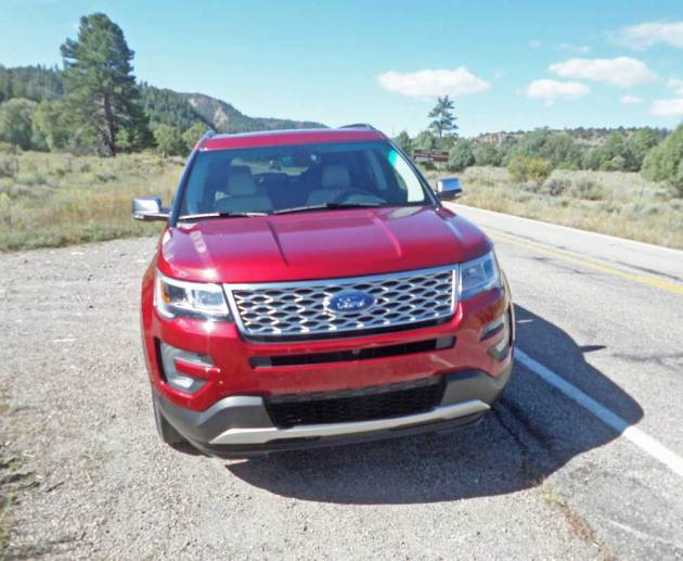 Ford-Explorer-Platinum-Nose