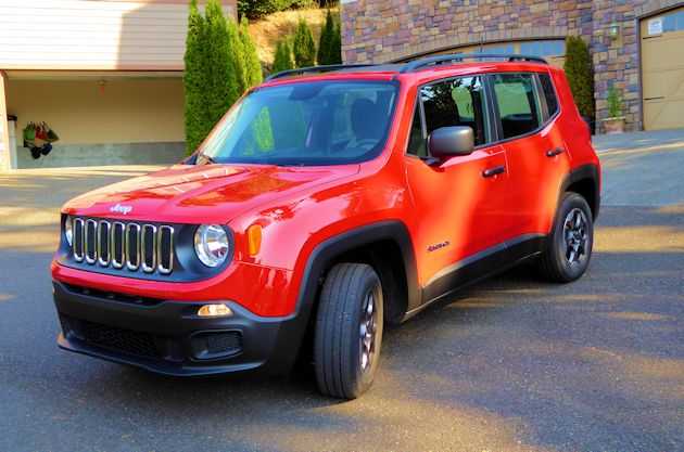 2015 Jeep Renegade front q