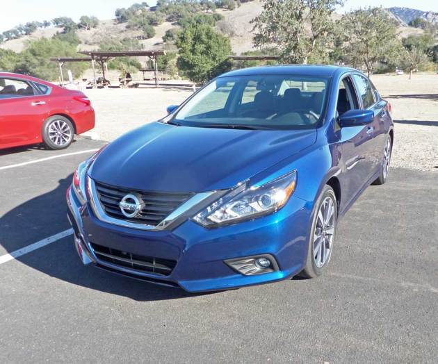 Nissan-Altima-SR-LSF