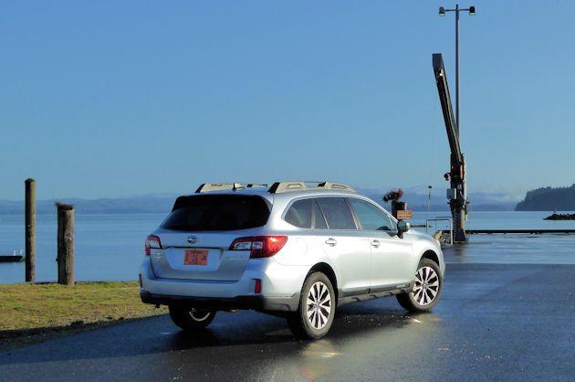 2016 Subaru Outback rear q