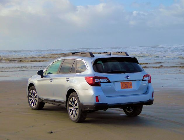 2016 Subaru Outback rear