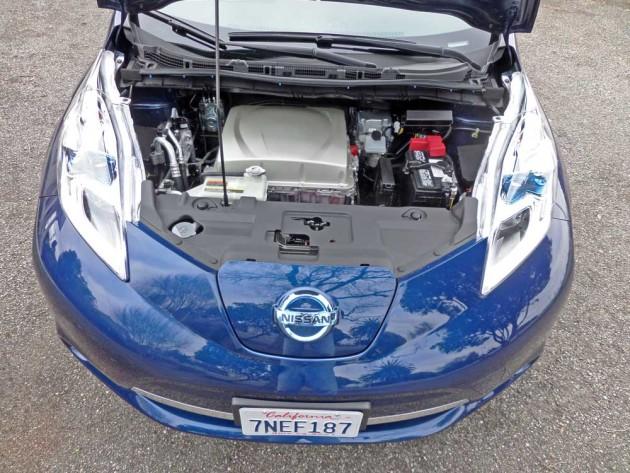 Nissan-Leaf-Eng