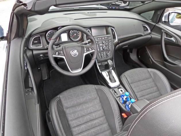 Buick-Cascada-Int