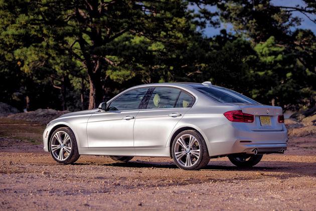 2016 BMW 340i rear q