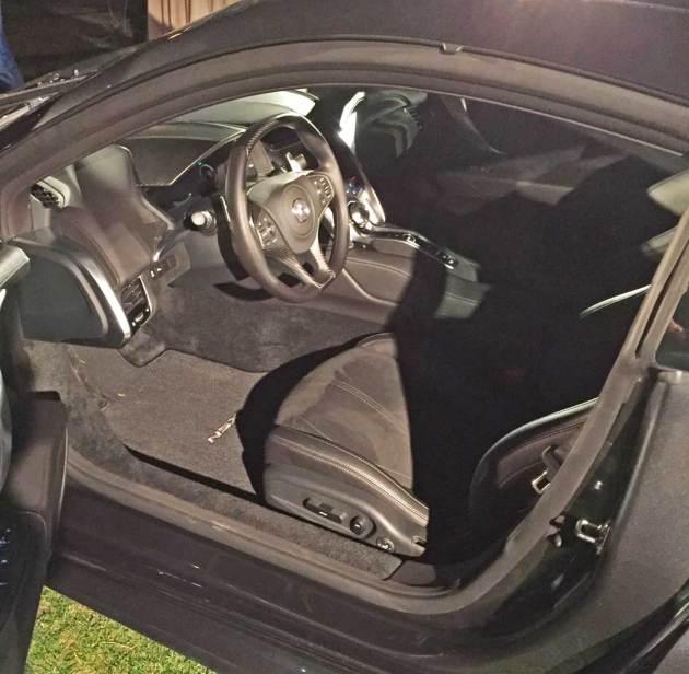 Acura-NSX-INT