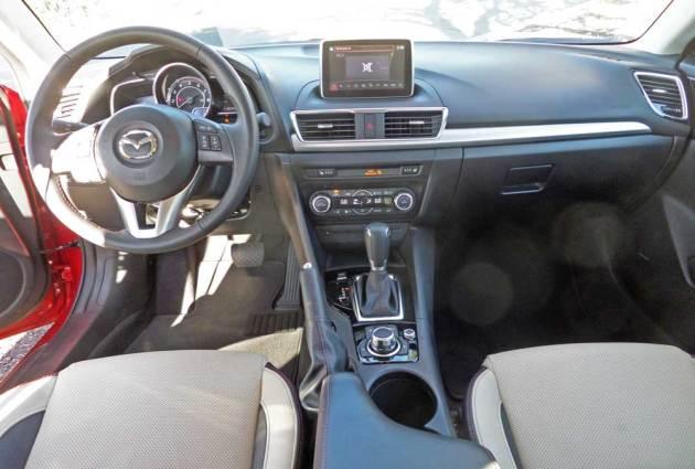 Mazda3-s-GT-Dsh